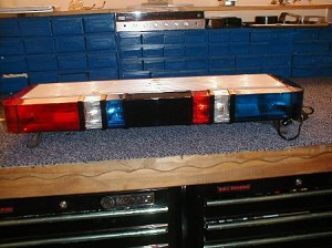 WHELEN SHORT EDGE POLICE BAR LOADED